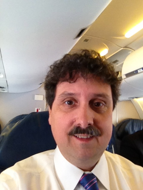 That's me, on the plane. Nice selfy! (Selfy: photo on one's self)